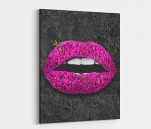 Black Stone Lips